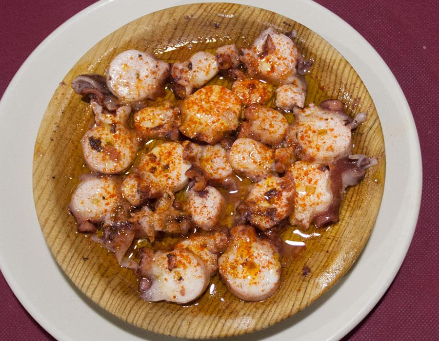 Comer pulpo a la gallega en Pamplona